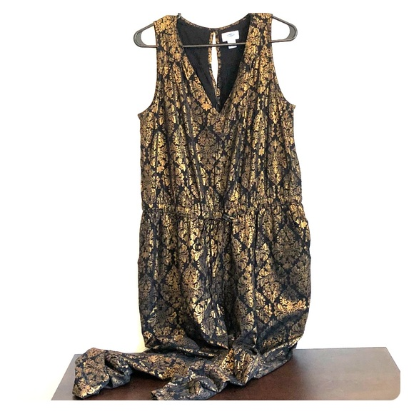 17d798749dbe Gold and black old navy jumpsuit. M 5aea45b746aa7c8e83082d06